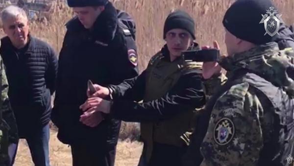 Следственные действия на месте убийства 12-летней девочки в Саратовской области