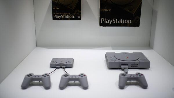 Приставки Sony Playstation. Архивное фото