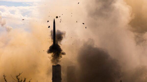Зенитно-ракетная система С-300 ПМУ «Фаворит» в действии. Архивное фото