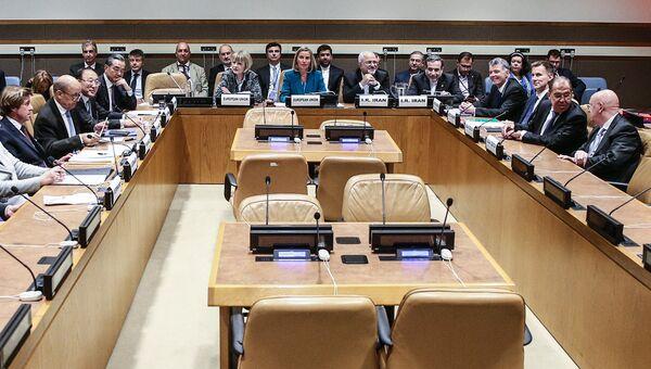 Министр иностранных дел России Сергей Лавров на встрече министров иностранных дел пятерки по Ирану на полях 73-ей сессии Генассамблеи ООН в Нью-Йорке. 24 сентября 2018