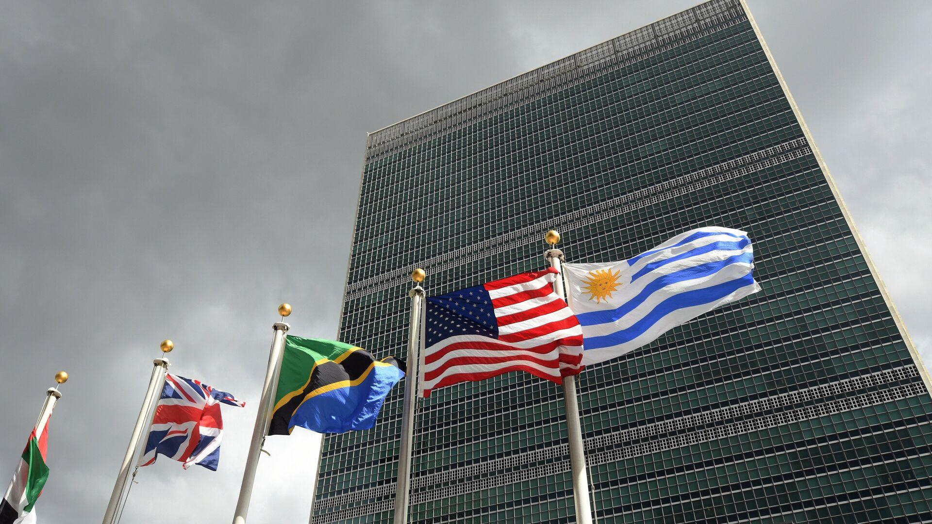 Попытки подорвать роль ООН настораживают, заявил Медведев