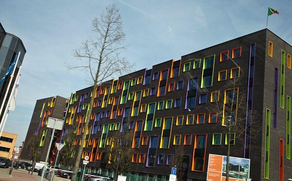 Дом с цветным фасадом в Эйндховене, Нидерланды