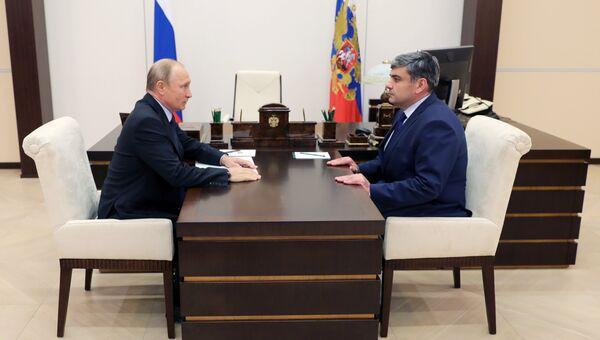 Владимир Путин и Казбек Коков во время встречи. 26 сентября 2018