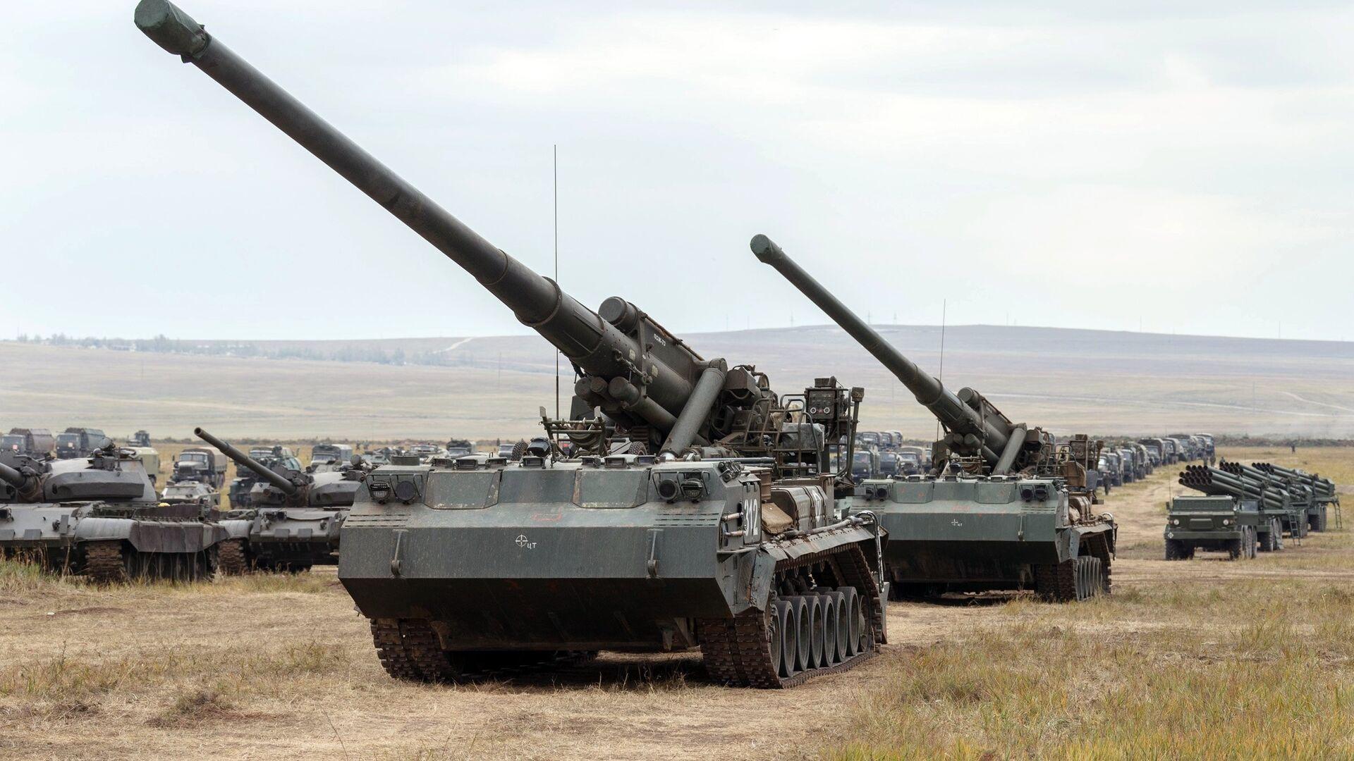 Самоходная артиллерийская установка 2С7 Пион  - РИА Новости, 1920, 06.10.2019
