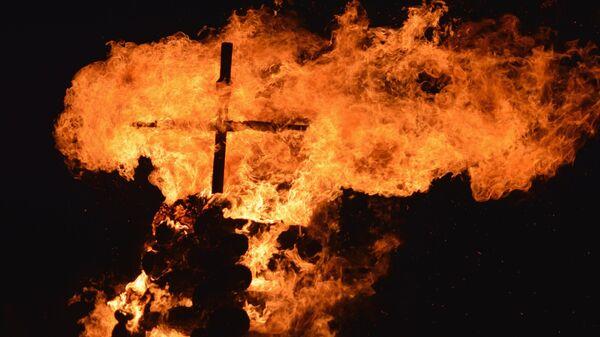Крест в огне
