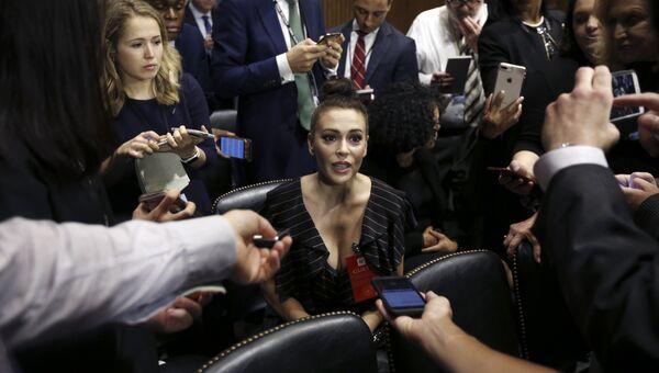 Актриса Алисса Милано на слушаниях по делу Бретта Кавано в Сенате США, 27.09.2018