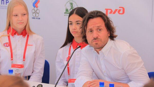Директор ФГБОУ Международный детский центр Артек Алексей Каспржак