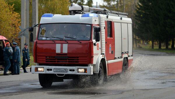 Автомобиль пожарной охраны во время командно-штабных учений МЧС РФ. Архивное фото