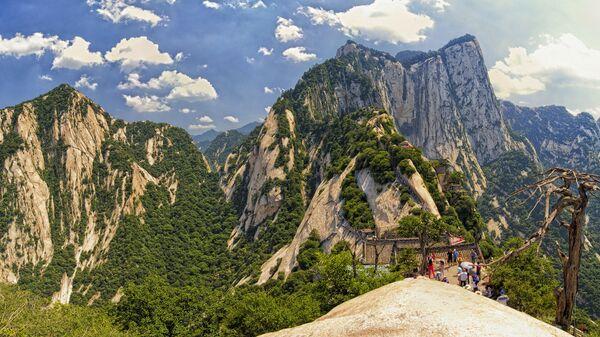 Гора Хуашань в Китае