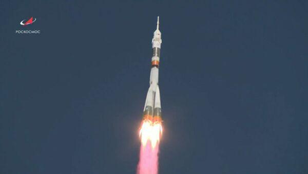 Авария ракеты Союз: кадры старта экипажа миссии МКС-57/58