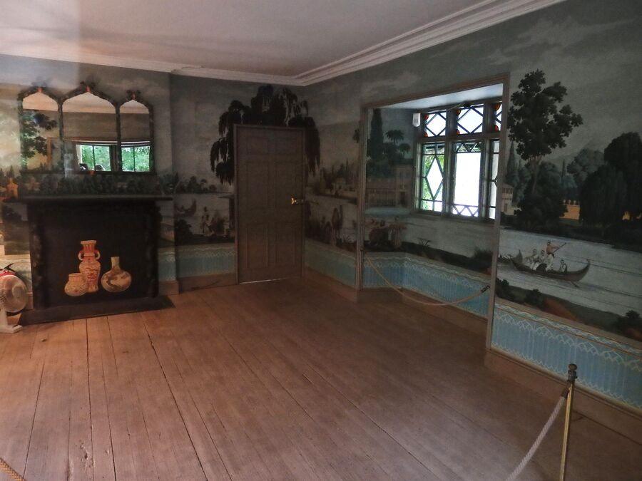 Комната в швейцарском коттедже в Кэйре