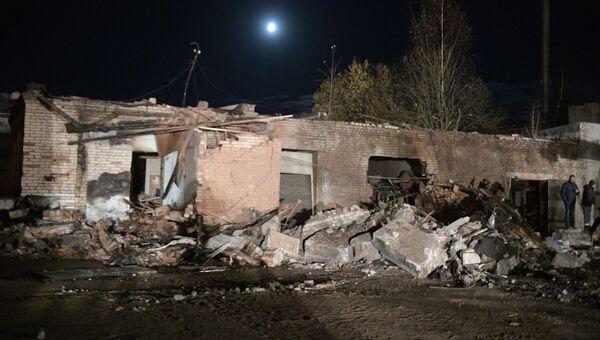 Разрушенные здания завода пиротехники Авангард в Гатчине Ленинградской области, где произошел взрыв. 19 октября 2018