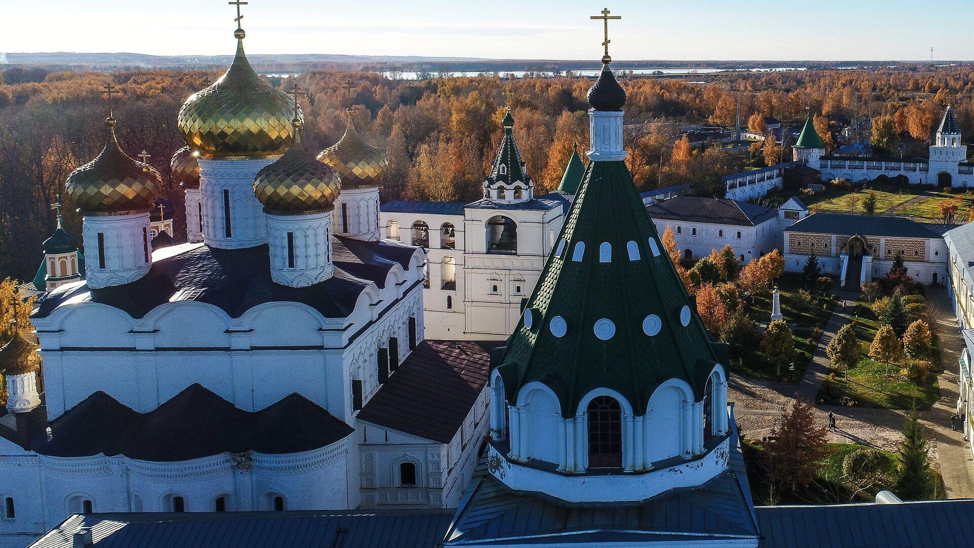 Свято-Троицкий Ипатьевский монастырь в Костроме - РИА Новости, 1920, 15.04.2021