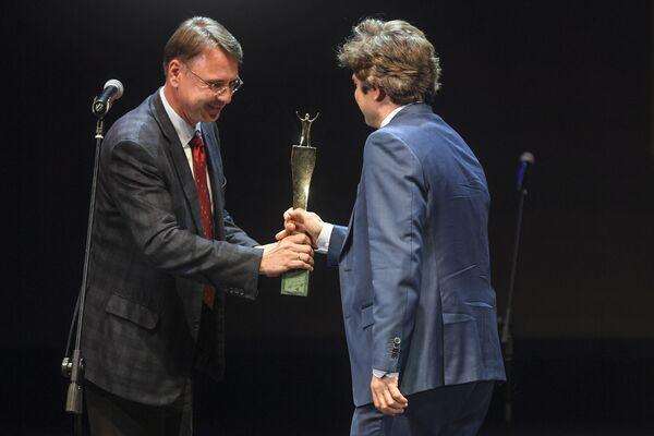 Олег Ананьев и Игорь Ларин на церемонии вручения XVI Премии Топ-1000 российских менеджеров