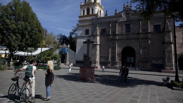 Площадь в городе Койоакан, Мексика