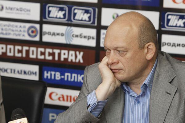 Генеральный директор ФК Томь Юрий Степанов