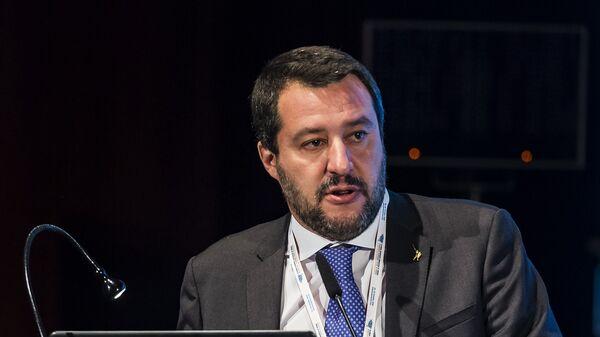 Вице-премьер и глава МВД Италии Маттео Сальвини