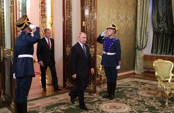 Президент РФ Владимир Путин во время встречи с премьер-министром Италии Джузеппе Конте