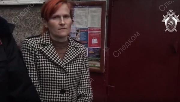 Женщина, оставившая ребенка в подъезде жилого дома, отправлена под арест в подмосковном Щелкове
