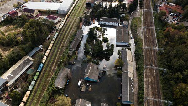 Подтопленные строения в городе Туапсе, который пострадал от наводнения, вызванного сильными дождями в Краснодарском крае