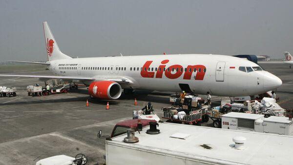 Самолет компании Lion Air в Международном аэропорту имени Джуанды