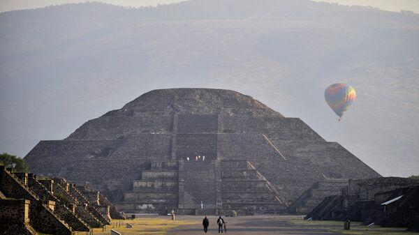 Пирамида Луны в Мексике