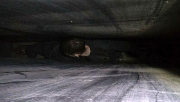 Мужчина, застрявший в вентиляционной шахте детского сада в городе Абакан