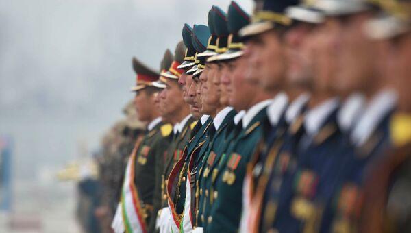 Военнослужащие вооруженных сил Таджикистана