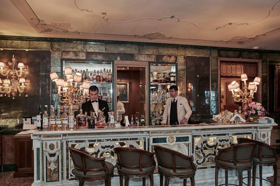 Бар в ресторане отеля «Гритти Палас», Венеция