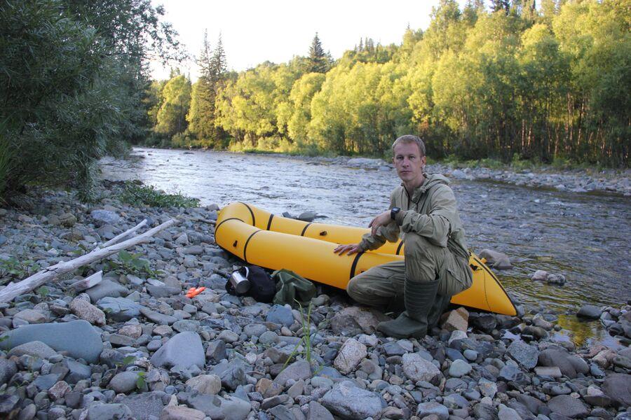 Верховья реки Кия, подготовка к сплаву. Заповедник Кузнецкий Алатау