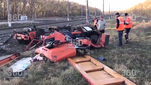 Опубликовано видео с места ДТП с поездом и КамАЗом в Краснодарском крае