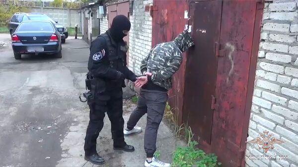 Задержание члена преступного сообщества за распространение наркотиков в 20 субъектах Российской Федерации. 8 ноября 2018
