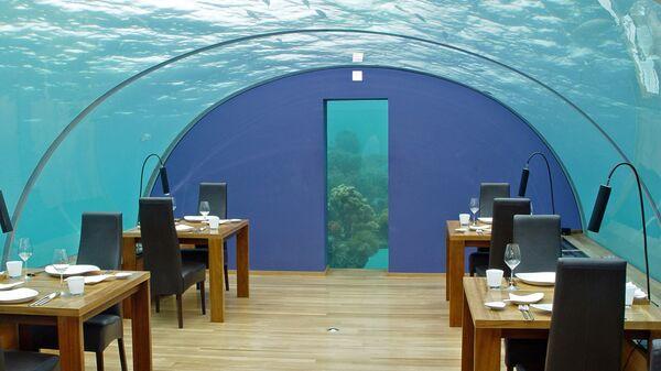Ресторан Ithaa Undersea Restaurant, Мальдивы