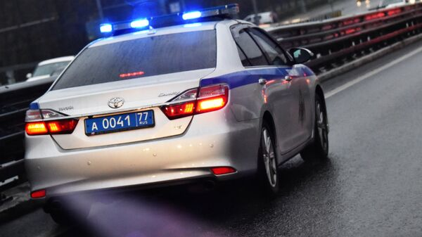 На юго-западе Москвы полиция и Росгвардия преследуют лихача