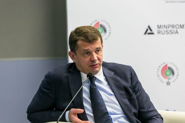 Директор Департамента легкой промышленности и лесопромышленного комплекса Минпромторга России Евгений Рыжов