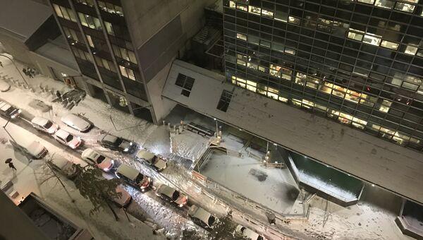 Первый снегопад в Нью-Йорке привел к серьезным пробкам и росту цен на такси