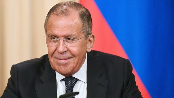 Глава МИД России Сергей Лавров рассказал, что не загадывает желание в Новый год