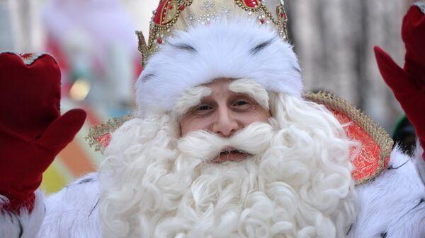 Всероссийский Дед Мороз на празднике в ЦПКиО Маяковского во время посещения Екатеринбурга. 25 ноября 2018
