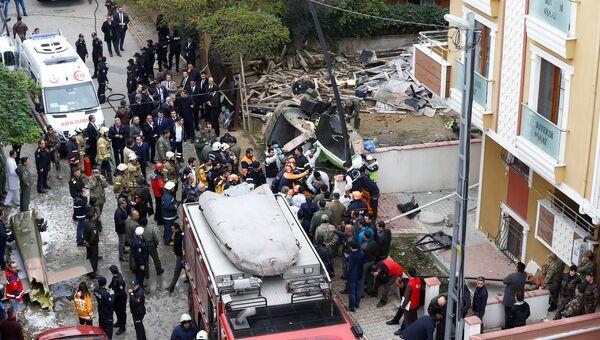 Место падения вертолета в Стамбуле. 26 ноября 2018