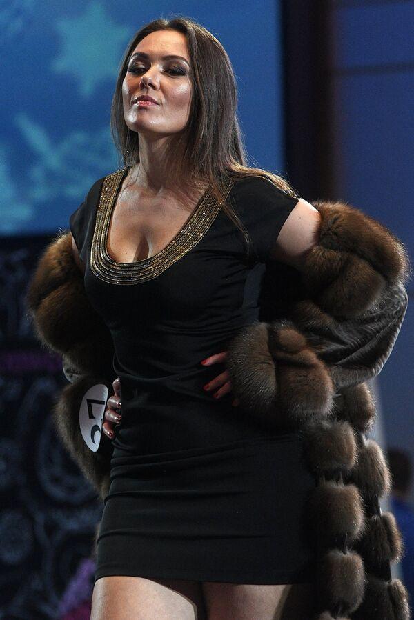 Участница во время финалов всероссийских конкурсов красоты Топ модель России 2018 и Топ модель PLUS 2018 в Korston Club Hotel в Москве