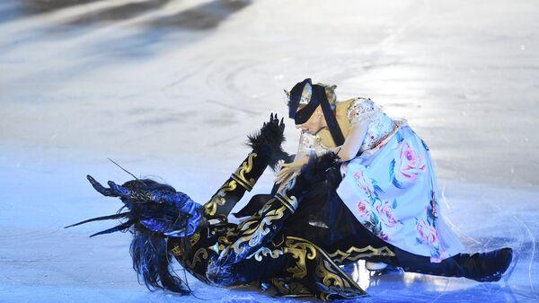 Олимпийская чемпионка по фигурному катанию Татьяна Навка в сцене из мюзикла на льду Аленький цветочек