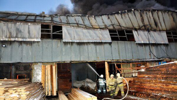 Пожар на складе в Саранске