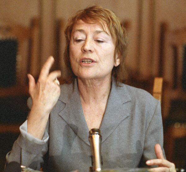 Французская актриса Анни Жирардо