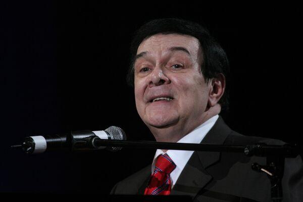Известный певец Муслим Магомаев. Архивное фото 2006 года