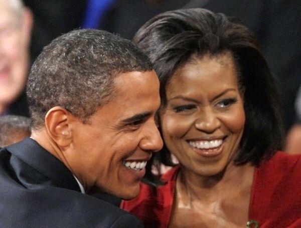 Барак Обама с супругой Мишель во время предвыборных теледебатов