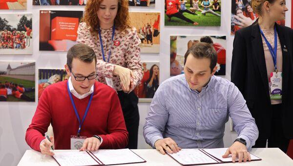 Российские волонтеры-медики будут сотрудничать с Казахстаном и Арменией