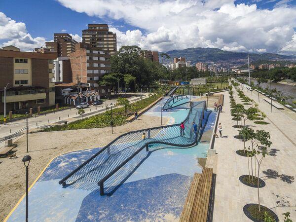 Проект парков у реки в Колумбии, победивший в категории Future Project of the Year 2018 на Всемирном фестивале архитектуры