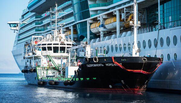 Газпром нефть выступила с инициативой в сфере бункеровки судов СПГ-топливом