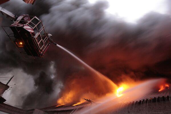 Пожар в мастерских РЖД локализован - МЧС