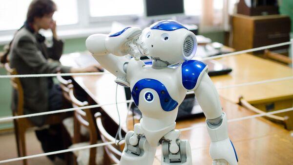 Робот Ваня, разработанный в ЮУрГУ для изучения русского языка иностранцами